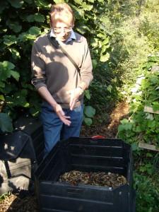 Visite chez un adhérent pratiquant le compostage individuel